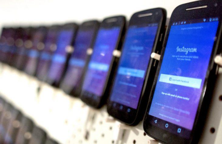 schedugrams-wall-of-phones